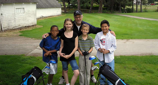 Small group experiences providing the basics of golf skills and positive youth development.